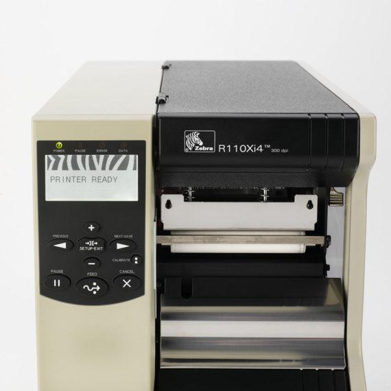 r110xi4-LCD